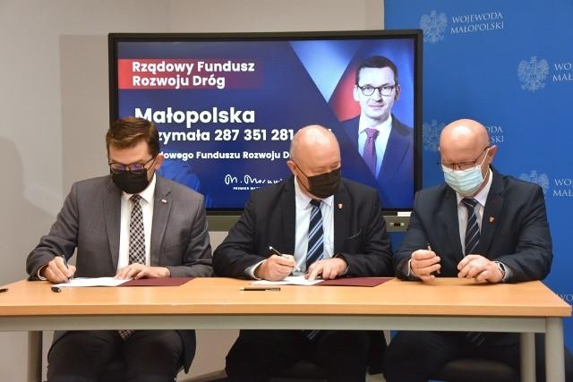 Podpisanie umów w ramach Rządowego Funduszu Rozwoju Dróg