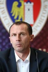 Radoslav Latal najlepszym trenerem piłkarskim na Śląsku RANKING TRENERÓW