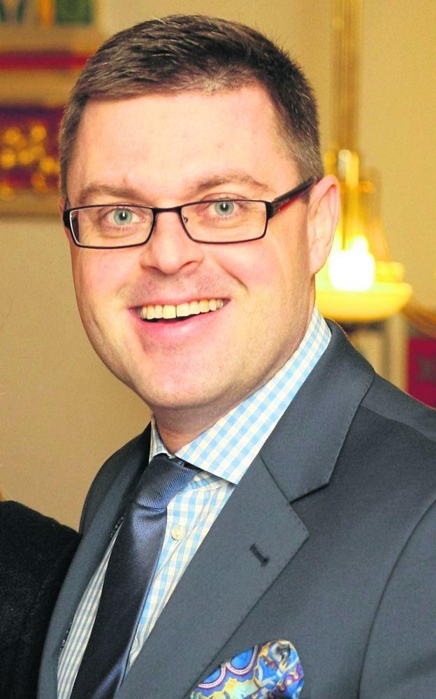 Jerzy Michalak jest z wykształcenia prawnikiem. W Radzie Miejskiej Wrocławia należał do najbardziej aktywnych osób