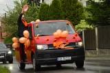 Pomarańczowa kawalkada wiozła przesłanie: Różni, a tak samo ważni [ZDJĘCIA]