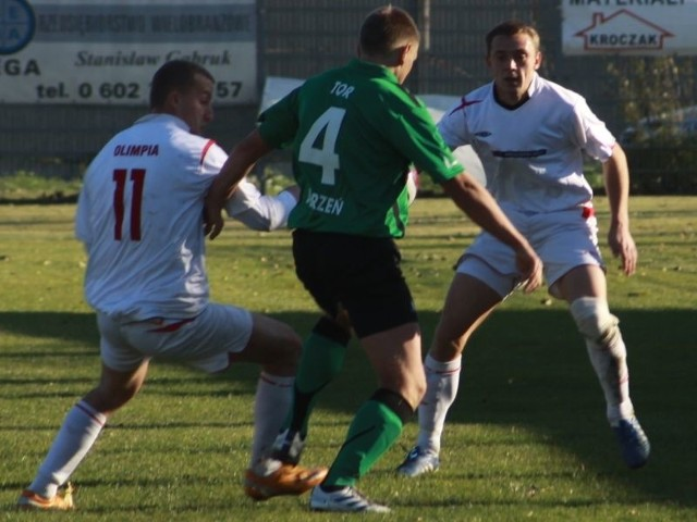 Piłkarze z Lewina Brzeskiego jako jedni z nielicznych urwali punkty TOR-owi.