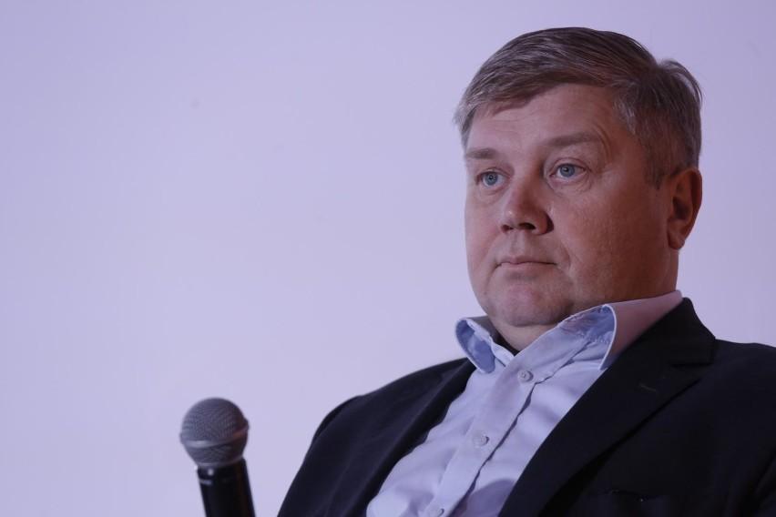 Prezes ZPP Cezary Kaźmierczak oskarża nauczycieli liceum...