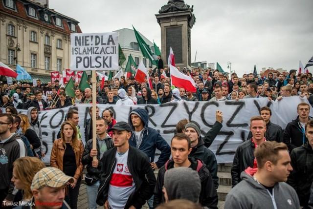 Największy marsz antyimigracyjny odbył się do tej pory w Warszawie. Wzięło w nim udział kilka tysięcy osób. Czy manifestacja w Katowicach będzie większa?