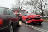 Ślizgawica w Lubuskiem: Połamane nogi, rozbite auta (bilans, wideo)