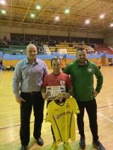 GUBIN: Zorganizowali turniej piłki halowej, aby zebrać pieniądze na operację młodego piłkarza Cariny, Szymona Witczaka (ZDJĘCIA)