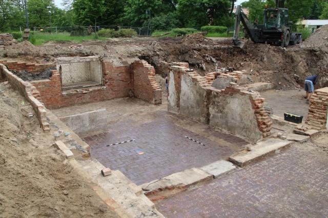 Prace archeologiczne w Gubinie na terenie, gdzie mieściła się Willa Wolfa.