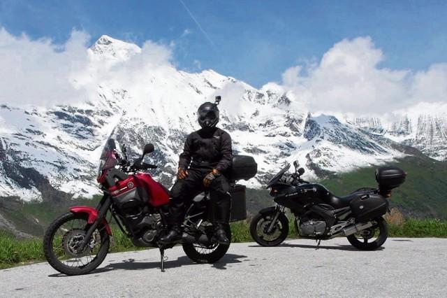 To była niesamowita wyprawa. Łukasz Zgiet (na zdjęciu) i Leszek Kaźmierczuk w niesamowitym tempie pokonali alpejskie przełęcze