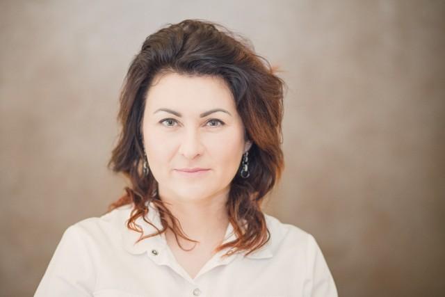 Julita Stępień jest właścicielką Gabinetu Kosmetyki Profesjonalnej Lumiere w Kielcach.