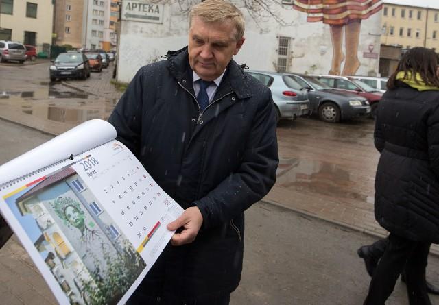 Prezydent Tadeusz Truskolaski zaprezentował wczoraj kalendarz na 2018 rok mediom