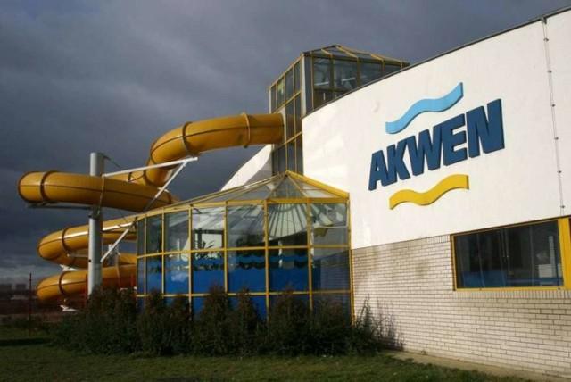 W poniedziałek, 4 maja, na tyłach pływalni w Koziegłowach będzie rozdawana woda do podlewania ogrodów, trawników
