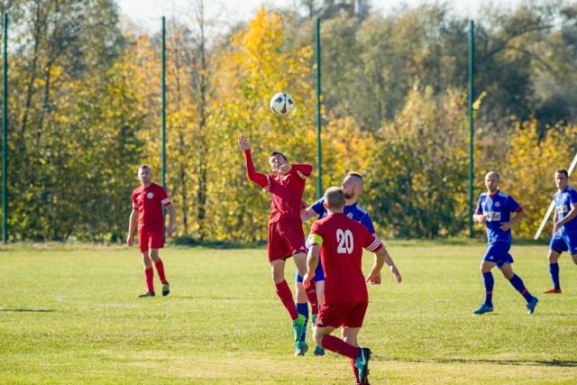 W Zabłudowie mecz dokończono, a Rudnia wygrała 6:0 z Kolejarzem Czeremcha (na czerwono)
