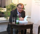 Inowrocław. Wybitny znawca opery Sławomir Pietras opowiadał w saloniku biblioteki o Marii Callas - primadonnie stulecia