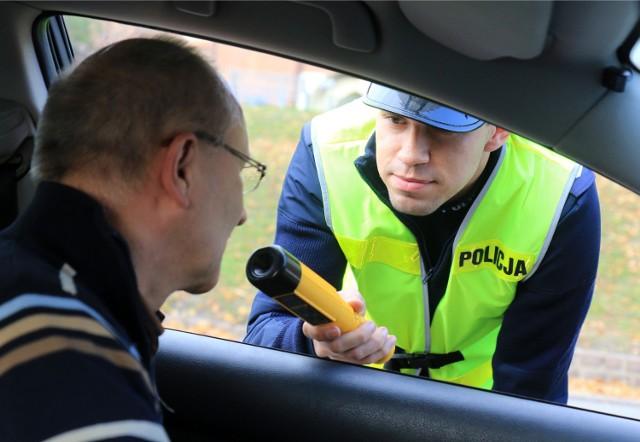 W Strykowie na autostradzie A2 jest 12 bramek, a każdy kierowca który tamtędy jedzie, musi się zatrzymać, z czego skwapliwie korzysta policja.
