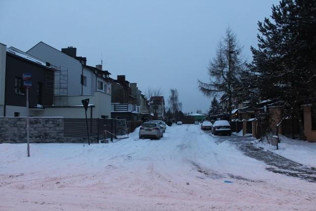 Nowe oświetlenie uliczne pojawi się m.in. na uliczkach Smulska, w tym na ul. Bojerowej.