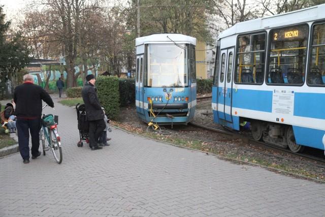 Wykolejenie tramwaju na pętli Biskupin, zdjęcie ilustracyjne