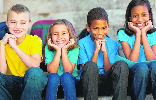 Zdaniem radnego Drewnickiego uczenie dzieci o wielokulturowości to propagowanie tzw. multi-kulti. Z kolei radna Teodozja Maliszewska przekonuje, że dla młodych nie ma niczego gorszego niż ksenofobia