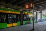 """MPK Poznań: W tramwaju zasłabł pasażer. Wstrzymany ruch na """"pestce"""". Pogotowie przyjechało po 24 minutach"""