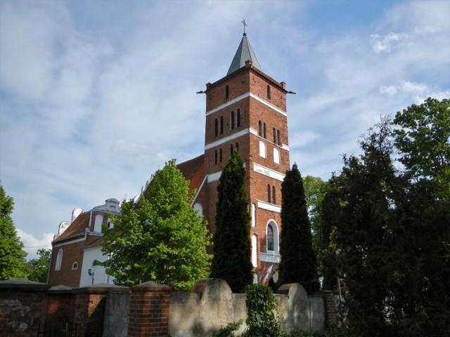 Kościół parafialny w Służewie