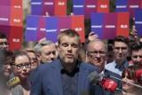 Manifestacja przeciw przemocy w Białymstoku. Adrian Zandberg namawia do przyjścia w niedzielę. Lewica jednak jest podzielona w tej sprawie