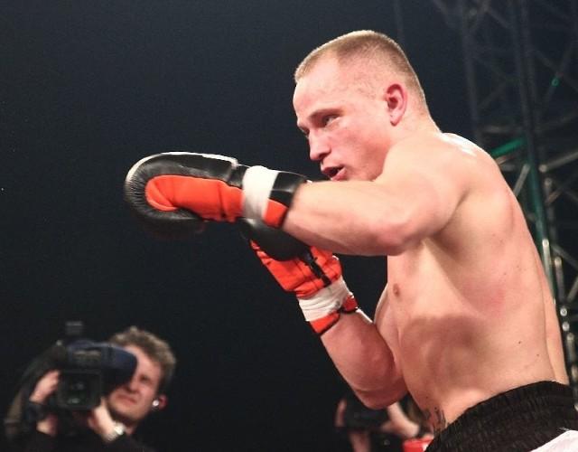Paweł Głażewski na zawodowym ringu nie przegrał  żadnej z 15 stoczonych dotąd walk.