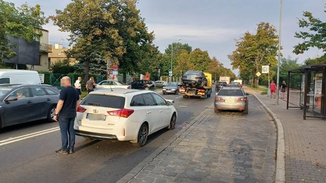 Wypadek i spore utrudnienia na ulicy Kasprowicza we Wrocławiu