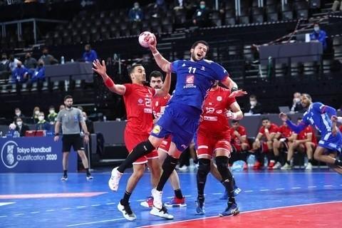 Nicolas Tournat podczas meczu Francja - Tunezja.