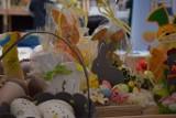 Kiermasz Ekonomii Społecznej w Centrum Handlowym PLAZA Rzeszów. Piękne wielkanocne dekoracje oraz smaczne wypieki