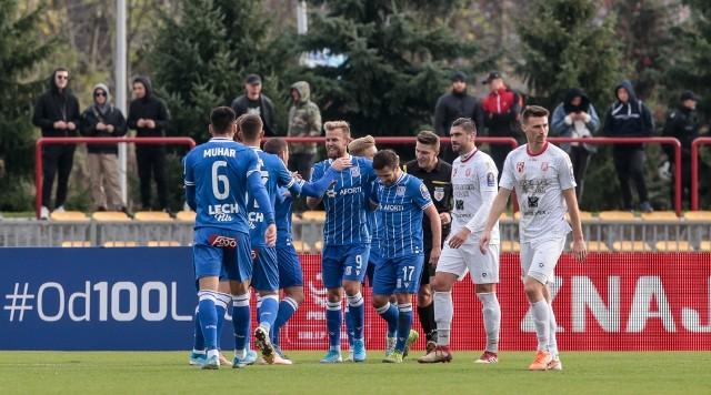 Lech Poznań ostatnio tak skuteczny był w sezonie 2014/15, po którym zdobył mistrzostwo Polski. Teraz jest niewiele gorzej, ale słabo prezentuje się defensywa, przez co Lech jest dopiero na dziewiątej pozycji w lidze. Za to pierwszy raz od trzech sezonów awansował do 1/8 Totolotek Pucharu Polski.