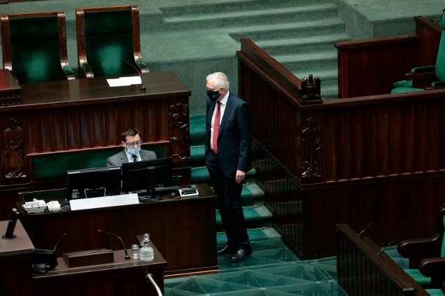 Jarosław Gowin w dniu 11 sierpnia 2021 roku; trwa debata nad ustawą zwaną lex TVN