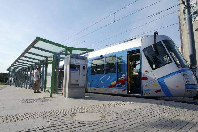 Prace przy torach na Tarnogaju i jednodniowe zmiany w trasach linii 8 i 16. Jest też autobus zastępczy.