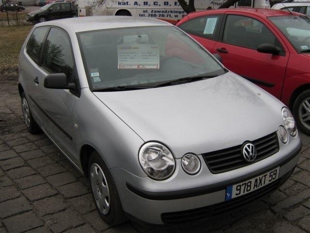 VW Polo, 2002 r., 1,2, centralny zamek, elektryczne szyby i lusterka, immobiliser, 4x airbag, wspomaganie kierownicy, 17 tys. 300 zl + koszt rejestracji