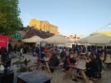 Białystok. Streat Food Młynowa jest już otwarta. Na najmodniejszym skwerze w mieście zebrały się tłumy [ZDJĘCIA]