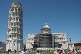 Ta wieża jest naprawdę krzywa (zdjęcia)