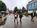 Alarm bombowy w ostrowieckich szkołach! Na miejscu straż pożarna i policja [ZDJĘCIA]