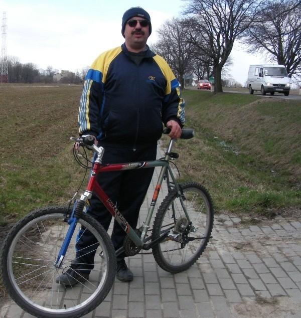 Za przyznane pieniądze powstanie nowa ścieżka rowerowa z centrum Prudnika przez miejski park, ul. Dąbrowskiego, a potem bocznymi drogami przez Dębowiec, Wieszczynę do granicy państwa.
