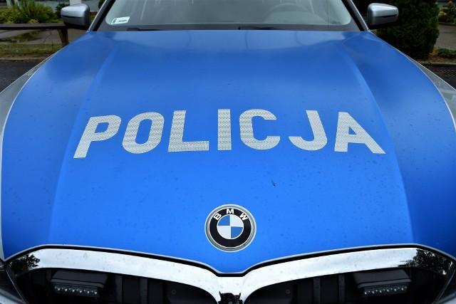 Wypadek motocyklisty w Lewinie Brzeskim. 27-latek był reanimowany