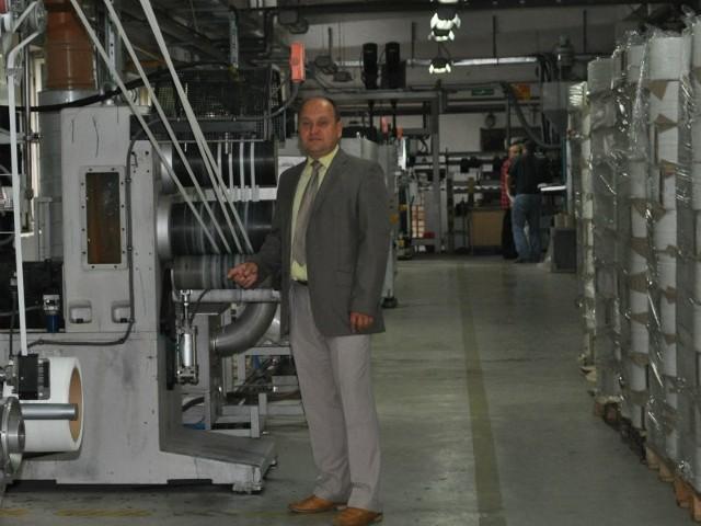 - Nasi specjaliści współpracując z naukowcami PRz opracowali produkt, który powstaje z surowców pozyskiwanych z recyklingu - mówi Andrzej Białek, prezes firmy Connect.