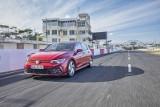Volkswagen Golf. Ile kosztuje odmiana GTI i hybrydowa GTE?