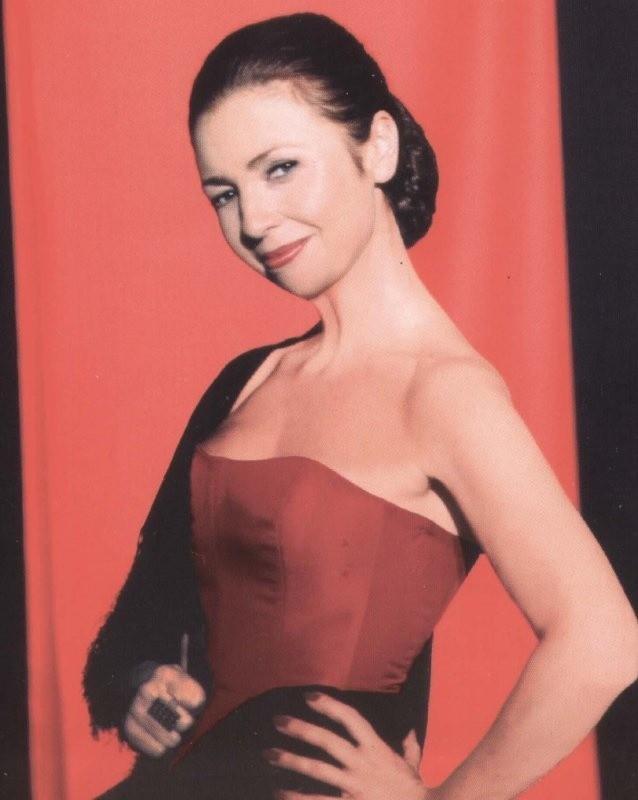 Diva polskich teatrów muzycznych – Grażyna Brodzińska zaprezentuje w Teatrze Letnim filmowo – romantyczno – muzyczny program.