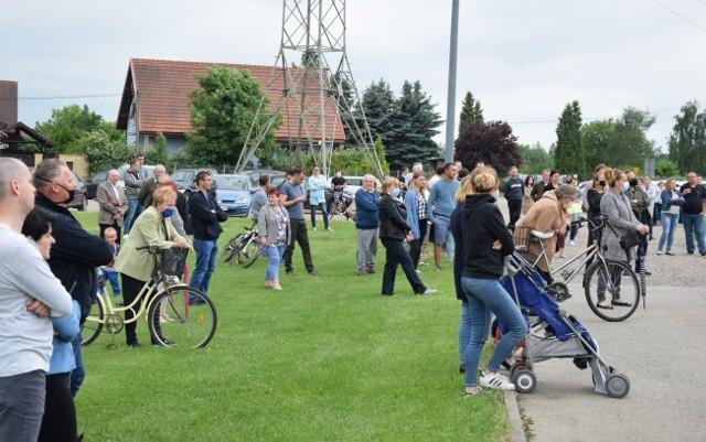 Mieszkańcy Jeziorzan na zebraniu wiejskim ustalili, że założą stowarzyszenie i będą blokować budowę mostu do czasu pozyskania pieniędzy na obwodnicę