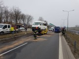 Wypadek w Dąbrowie Górniczej na DK94! ZDJĘCIA Utrudnienia w kierunku Krakowa. Kierowcy wyjeżdżali z korka pod prąd