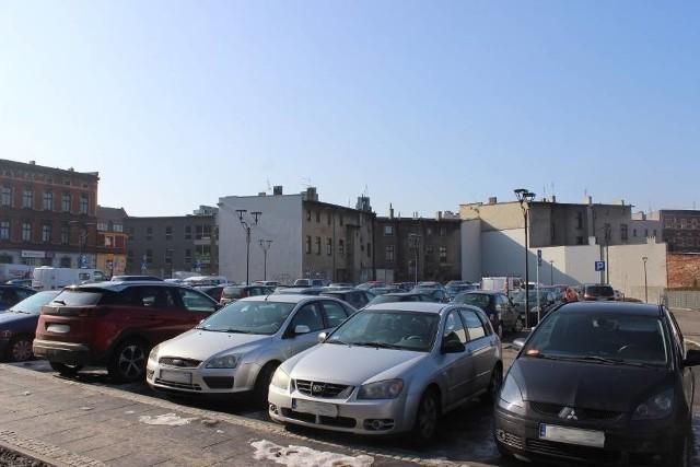 Na ścianie budynku obok parkingu wybudowanego po byłych zakładach odzieżowych Tarmilo przy ul. Opolskiej 5 powstanie mural. Zwycięzcę poznamy pod koniec maja