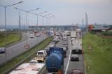 Kłopoty na autostradzie A4: Dwa korki połączyły się w wielokilometrowy zator