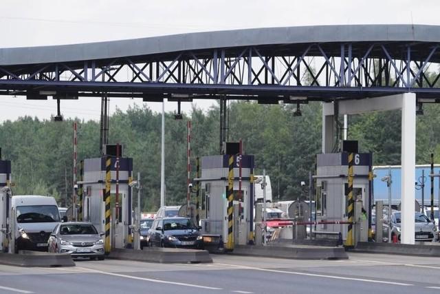 Od dziś wyższe opłaty za przejazd autostradą A4. Zamiast dotychczasowych 10zł, zapłacimy 12.