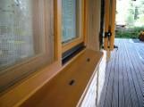 Moskitiera – skuteczna bariera przeciwko owadom i pyłkom