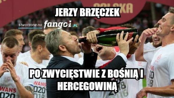 W meczu Ligi Narodów Polska wygrała z Bośnią i Hercegowiną 2:1. Trzeba jednak przyznać, że styl biało-czerwonych pozostawia wiele do życzenia i po meczu na selekcjonera i piłkarzy znów wylała się fala krytycznych komentarzy. Nie brakuje także złośliwych i prześmiewczych memów. Zobacz najlepsze z nich ----->