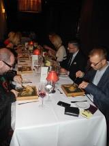 Blogerzy testowali nowe smaki restauracji hotelu Cristal serwowane przez Łukasza Rakowskiego (zdjęcia)