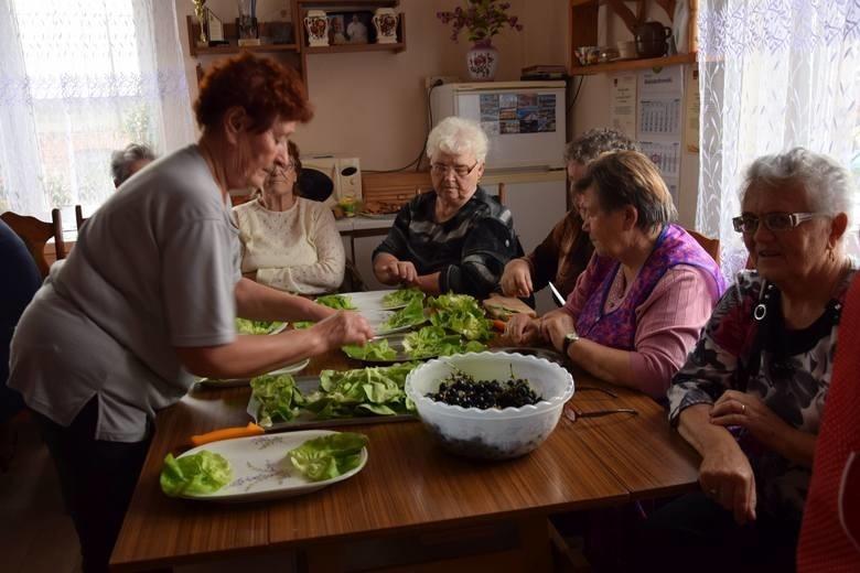 Dzień Kobiet Wiejskich. Panie z gminy Waganiec kulinarnie uczciły święto [zdjęcia]