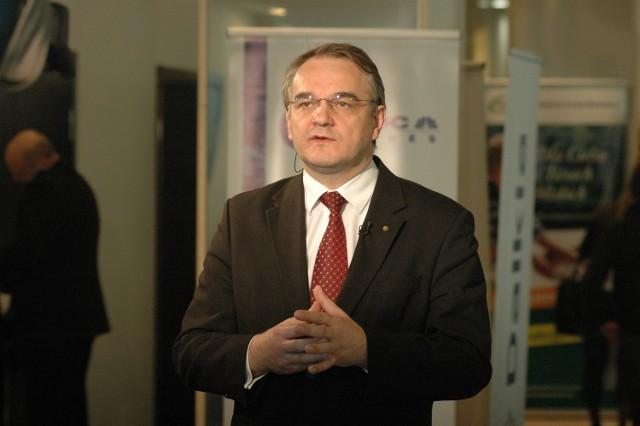 Waldemar Pawlak, były premier, były minister gospodarki, obecny członek rady nadzorczej lubelskiego lotniska.