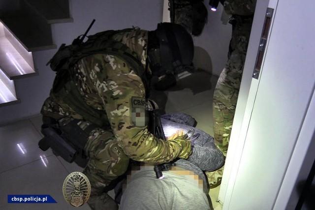 Szajka przemytników nielegalnych imigrantów została rozbita przez wrocławskich policjantów w październiku ubiegłego roku